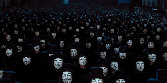 브이 포 벤데타에서 가이 포크스 분장을 한 사람들이 시위에 참여한 장면 - 워너브라더스 제공